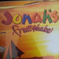 Photo taken at Jonah's Fruitshake and Snackbar by Irene S. on 11/21/2012