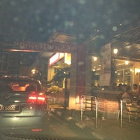 Photo taken at McDonald's / McCafé by Mohd S. on 10/25/2012