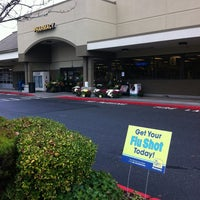 Photo taken at QFC by Hector D. on 11/5/2012