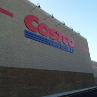 Photo taken at Costco Wholesale by BEAR L. on 11/26/2012