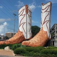 Photo taken at World's Largest Cowboy Boots by Teddy H. on 7/11/2015