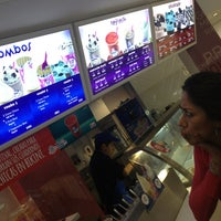 Photo taken at Baskin Robbins by Mon B. on 5/6/2013
