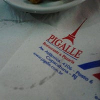 Photo taken at Pigalle Restaurante e Pizzaria by Vanessa C. on 11/12/2012