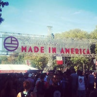 Photo taken at Budweiser Made In America Music Festival by William W. on 9/7/2015