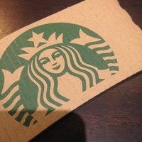 Photo taken at Starbucks by ヤン プ. on 7/6/2013