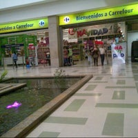 Photo taken at Carrefour unicentro by Alejo G. on 12/7/2012