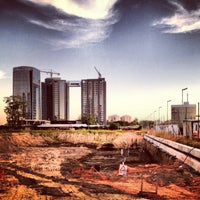 Photo taken at Puerto Madero by Mathieu M. on 3/11/2013