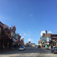 Photo taken at Clifton Hill by Kerim Ali Y. on 11/27/2016