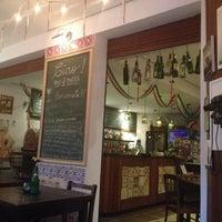 Photo taken at Ciao! Vino & Birra by Roseli B. on 5/11/2013