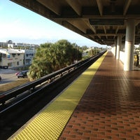 Photo taken at MDT Metrorail - South Miami Station by Robertson A. on 1/14/2013
