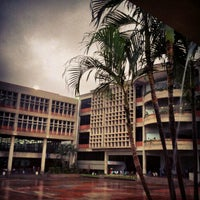 Photo taken at Universidad Rafael Belloso Chacín (URBE) by Carlos R. on 10/15/2012