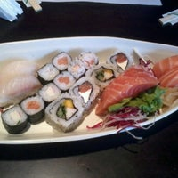 Photo taken at Kami Sushi by Natiéli A. on 10/21/2012