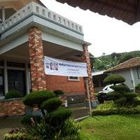 Photo taken at Villa osmond Lembang by dedi g. on 2/21/2013