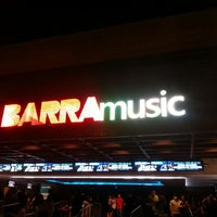 Photo taken at Barra Music by Flavio Augusto M. on 5/24/2013