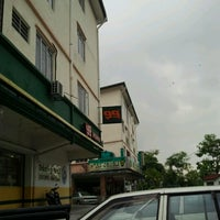 Photo taken at 99 Speed Mart by Mohd Zaidi H. on 11/15/2012