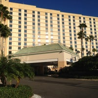 Photo taken at Rosen Plaza Hotel by Deborah B. on 11/8/2012