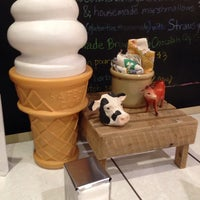 Photo taken at Mother Moo Creamery by Nigel C. on 12/16/2013