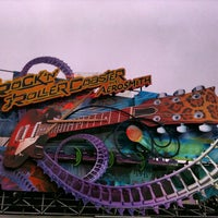 Photo taken at Rock'n' Roller Coaster With Aerosmith by Sònia on 6/1/2013