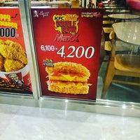 Photo taken at KFC by K. C. on 10/22/2015
