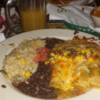 Photo taken at Chili's Grill & Bar by D. F. on 3/21/2014