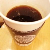 Photo taken at EDIYA COFFEE by Kelly S. on 6/3/2012