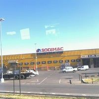 Photo taken at Homecenter Sodimac by Rodrigo M. on 2/5/2012