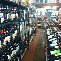 Photo taken at Larchmont Village Wine & Cheese by Leah T. on 11/1/2012