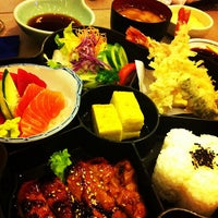 Photo taken at Tanabe Japanese Restaurant by Tonichi T. on 9/10/2013