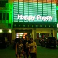 Photo taken at Happy Puppy by Djorgie L. on 10/21/2012