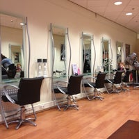 Photo taken at Europa Hairstyling by Ester D. on 1/30/2013