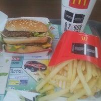 Photo taken at McDonald's by Lairton O. on 4/26/2013