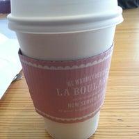 Photo taken at Starbucks by Su K. on 9/17/2013