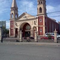 Photo taken at Iglesia San lorenzo by Kriz A. on 10/6/2012