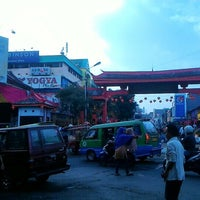 Photo taken at Pasar Bogor by dapeid on 2/13/2016