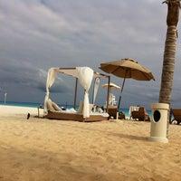 Foto tomada en Sunset Royal Beach Resort por Pamela C. el 12/9/2012