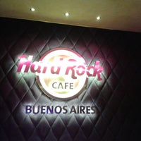 Photo taken at Hard Rock Cafe by Cristiane L. on 6/9/2013