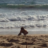 Photo taken at Sector 3 - Playa Reñaca by Pablo R. on 3/17/2013