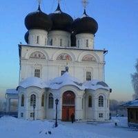 Снимок сделан в Успенский Трифонов монастырь пользователем Юлия М. 12/7/2012