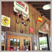 Photo taken at Cracker Barrel Old Country Store by Mohammed OMAR B. on 8/14/2013