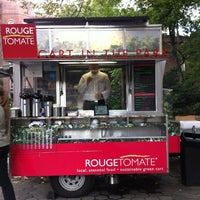 Photo taken at Rouge Tomate Cart by Manny P. on 10/12/2012