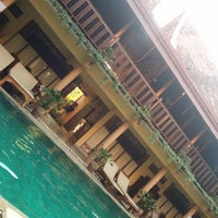 Photo taken at Ruean Thai Hotel Sukhothai by Antoni F. on 1/28/2015