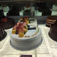 Photo taken at Lavender Bakery & Cake by Miera R. on 10/24/2016