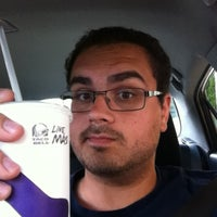 Photo taken at Taco Bell by Alexandru B. on 7/7/2013