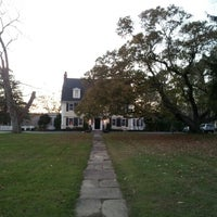 Photo taken at Bee and Thistle Inn by Kyle D. on 11/9/2012