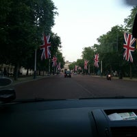 Photo taken at Buckingham Palace Gardens by Sepehr R. on 7/9/2013