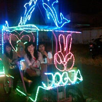 Photo taken at Alun - Alun Kidul by Shinta P. on 1/28/2013