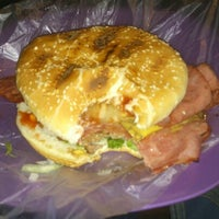 Photo taken at Xtreme Burger by Jeanett M. on 11/24/2012