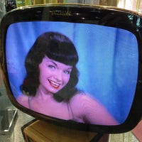 Photo taken at Bettie Page @ Forum Shoppes by Kasha L. on 7/28/2013