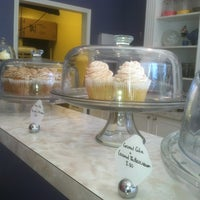 Photo taken at Fairy Cakes Cupcakery by Theresa A. on 8/15/2013