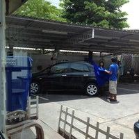 Photo taken at ปั๊มบางจาก วัดน้อยนางหงษ์ by Charnon P. on 6/23/2012